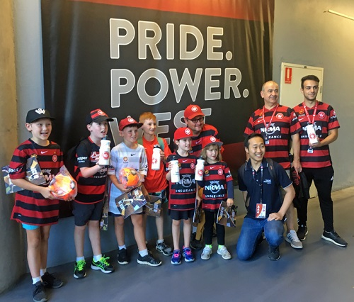 WSW young fans with Turner Freeman Lawyers staff